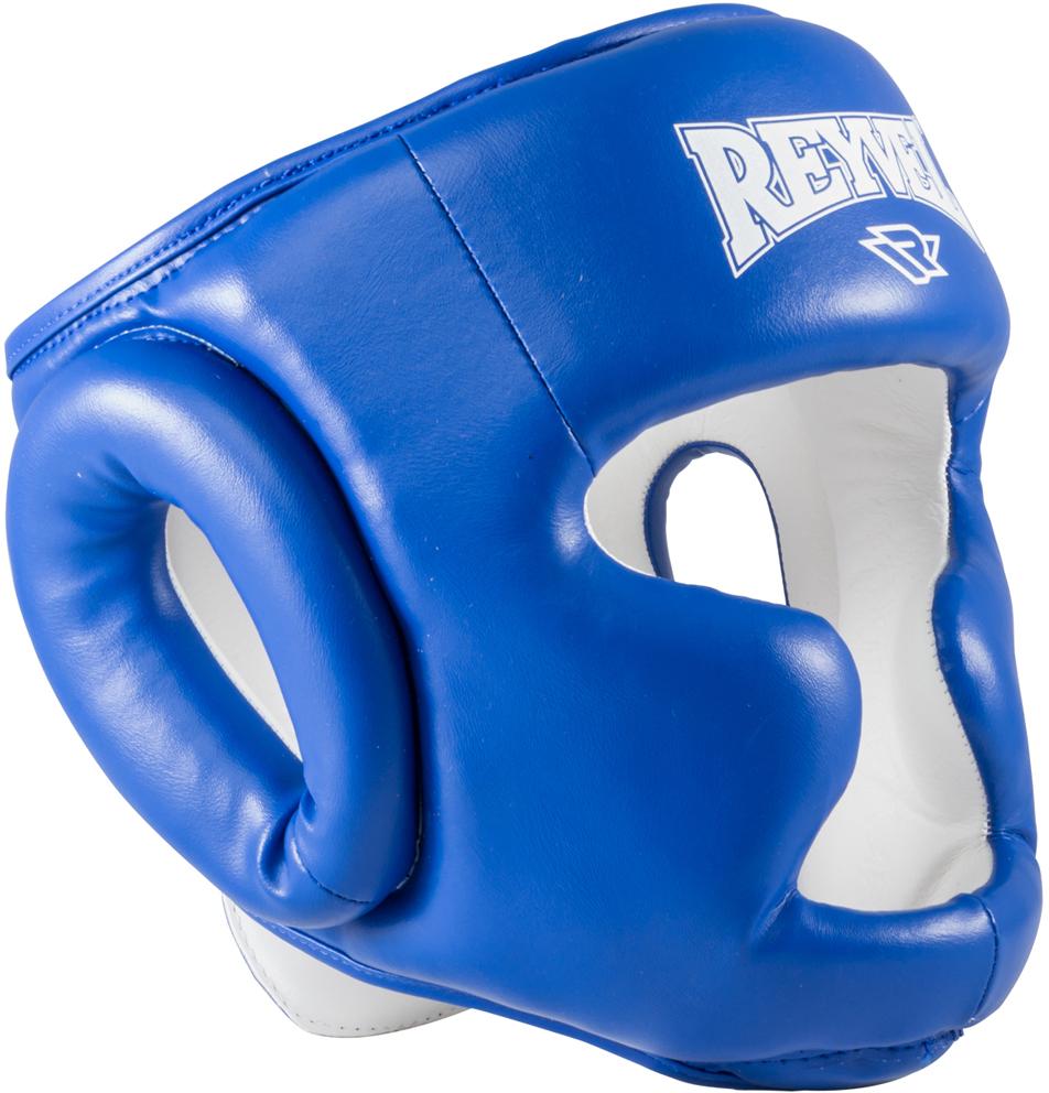 Шлем боксерский Reyvel RV-301, цвет: синий. Размер XLУТ-00008927Шлем боксерский Reyvel RV-301 предназначен для спортменов во время спаррингов и тренировок. Он изготовлен из прочной высококачественной винилискожи. По сравнению с моделями для соревнований, его конструкция предусматривает дополнительно защищенные подбородок, скуловые кости, макушку. Шлем имеет хорошую обзорность.Внутренний наполнитель - многослойный вкладыш из пенополиуретана и пенополиэтилена различных плотностей - выполняет функцию амортизатора и хорошо держит форму.