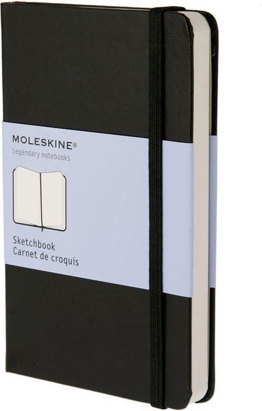 Moleskine Скетчбук Classic Pocket 40 листов без разметки цвет черный385206Блокнот для рисования Moleskine размера pocket выполнен из плотной бумаги высшего качества. Он идеально подходит для набросков, рисунков и живописи темперой. Этот продукт выполнен в шитом переплете с влагостойкой обложкой с закругленными углами, закладкой, эластичной застежкой и вместительным внутренним карманом, куда вложена карточка с историей Moleskine.Скетчбук в твердой обложке содержит 80 нелинованных страниц для рисунков. <br