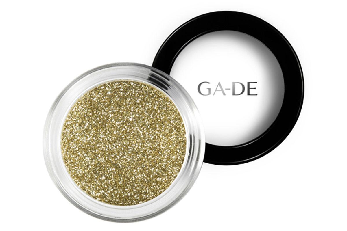 GA-DE Универсальный блеск Stardust №04 Pure Gold, 4 г134200004GA-DE Stardust - это инновационный косметический глиттер, сверкающие частицы которого отражают свет, создавая восхитительный многомерный эффект. Блестки можно использовать как по отдельности, так и смешивая оттенки друг с другом, для создания своего собственного уникального сочетания и несравненного эффекта звездного свечения.