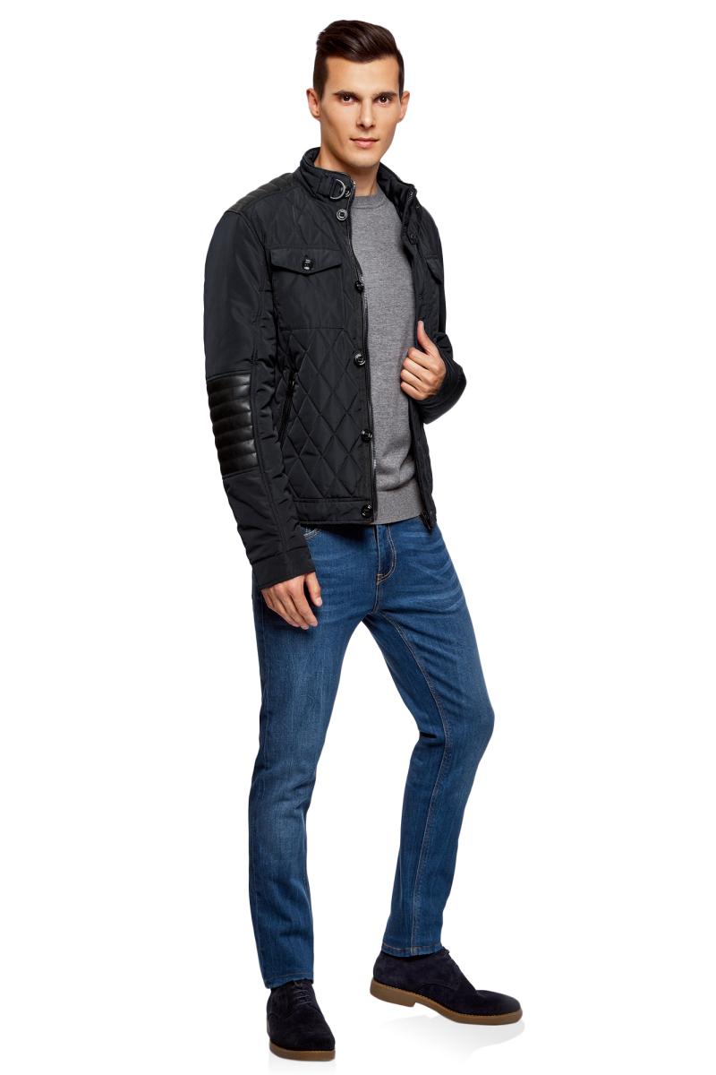 Куртка мужская oodji Lab, цвет: темно-синий, черный. 1L111026M/44330N/7929B. Размер L (52/54-182)1L111026M/44330N/7929BСтильная мужская куртка oodji Lab изготовлена из высококачественного полиэстера. В качестве утеплителя используется полиэстер. Стеганая модель с воротником-стойкой застегивается на застежку-молнию и пуговицы. Спереди расположены карманы.