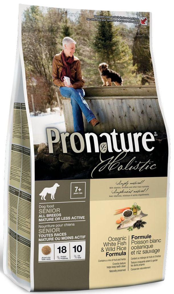Корм сухой Pronature Holistic, для собак, облегченный, океаническая белая рыбасрисом102.2008Сухой корм Pronature Holisticдля собак - это здоровая смесь заботливо выращенных и собранных натуральных ингредиентов, который обеспечивает благополучие и удовлетворение даже самым привередливым животным. Pronature Holistic (Пронатюр Холистик) является линейкой натуральных кормов для домашних любимцев, которая была разработана с учетом всех особенностей домашних животных. Корм содержит компоненты из природных источников, тщательно отобранных, чтобы гарантировать, что он легко усваивается, обладает превосходным вкусом и чрезвычайно свежий. Органические ингредиенты были добавлены к этой натуральной смеси, что делает Pronature Holistic прекрасным выбором для вашего питомца.Ингредиенты: Свежая океаническая белая рыба (15%), сушеное мясо курицы, дикий рис (10%), коричневый рис, перловая крупа, овсяная крупа, рис, сушеный картофель, смесь фруктов (3%, сушеные яблоки, сушеная черника, сушеный ананас), куриный жир, сушеная мякоть свеклы, порошок целлюлозы (2%), рисовые отруби, сушеные выжимки из помидоров, целое семян льна (источник омега-3 жирных кислот), натуральный ароматизатор куриный, пшено, соль, кальция карбонат, дикальция фосфат, сухие дрожжи (источник маннан-олигосахаридов), сушеный корень цикория (источник фрукто-олигосахаридов), панцирь креветок и крабов (источник глюкозамина), сушеная юкка (Yucca schidigera), новозеландские зеленые мидии (источник гликозаминогликанов гаг), трепанги ( источник хондроитина), оливковое масло, сушеные бурые водоросли, сушеная люцерна, сушеный японский зеленый чай, смесь пряностей (0,02%, сушеный розмарин, сушеная петрушка, сушеные листья мяты, куркума), сушеный шпинат, сушеная брокколи, сушеная морковь, сушеная цветная капуста, рожковое дерево, мед, киноа, можжевеловые ягоды, семена аниса. В качестве антиоксидантов использованы богатые на токоферол экстракты природного происхождения (витамин E). Типичный анализ протеин- 18,5 % жир- 10,5 % кле
