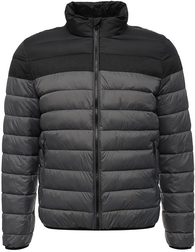 Куртка мужская Geox, цвет: серый. M7428JTC104F9056. Размер 50M7428JTC104F9056Стеганая мужская куртка Geox с наполнителем из легкой ткани - нейлоновой тафты плотностью 20ден в комбинации с меланжевым полиэстером. Воздухопроницаемость обеспечивается благодаря запатентованной системе Geox. Водоотталкивающая, ветрозащитная и пухонепроницаемая ткань подвергнута специальной обработке, препятствующей перемещению наполнителя. Наполнитель прямого введения с набивкой из синтетического полиэстера придает модели легкость и комфорт. Прямой силуэт. Куртка оформлена двумя врезными карманами на молниях.