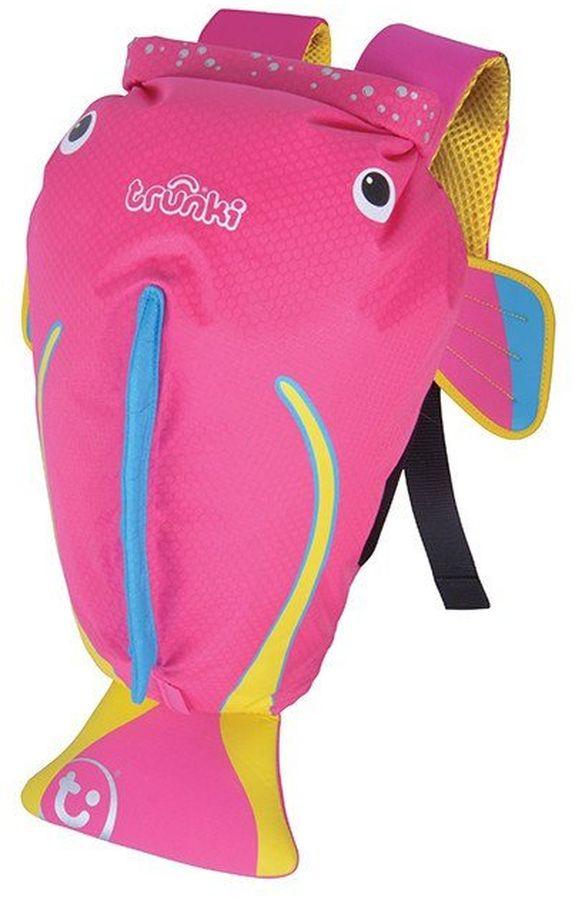 Trunki Рюкзак Коралловая рыбка0250-GB01Яркий и стильный рюкзак для бассейна и пляжа Коралловая рыбка от мирового производителя детских чемоданов и дорожный аксессуаров Транки (Trunki) - отличный подарок для маленьких путешественников! Рюкзак выполнен в виде розовой рыбки с хвостиком и плавниками. Материал, из которого сделан рюкзак, водоотталкивающий, а это значит, что малышу не придется волноваться за то, что его вещи и любимые игрушки могут промокнуть. Рюкзак для бассейна и пляжа оснащен специальным креплением Trunki, с помощью которого к рюкзаку можно подвесить детские солнцезащитные очки. Рюкзак имеет светоотражающую отделку, а также карман в виде плавника, куда можно положить различные мелочи. Основные характеристики: водоотталкивающий материал, надежная и простая застежка,широкие лямки обеспечивают удобную посадку и снижают давление, карман на молнии в хвосте рыбки, держатель для солнцезащитных очков, вставки из сетчатой дышащей ткани на спинке, светоотражающие вставки, благодаря размеру идеально подходит для раздевалок в бассейне или в школе. Рюкзак Trunki - незаменимый аксессуар для девочек и прекрасный подарок для походов в бассейн или на пляж. Размер рюкзака: 37 x 29 x 17 см. Объем: 7,5 литров.