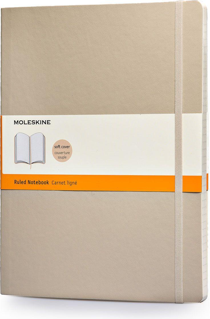 Moleskine Записная книжка Classic Soft Xlarge 96 листов в линейку цвет бежевый385263Классическая записная книжка Moleskine размера extra large в мягкой бежевой обложке с закругленными углами, лентой-закладкой, эластичной застежкой и вместительным внутренним карманом, куда вложена карточка с историей компании Moleskine, станет надежным спутником в путешествии и поможет сохранить яркие впечатления, воспоминания и наблюдения