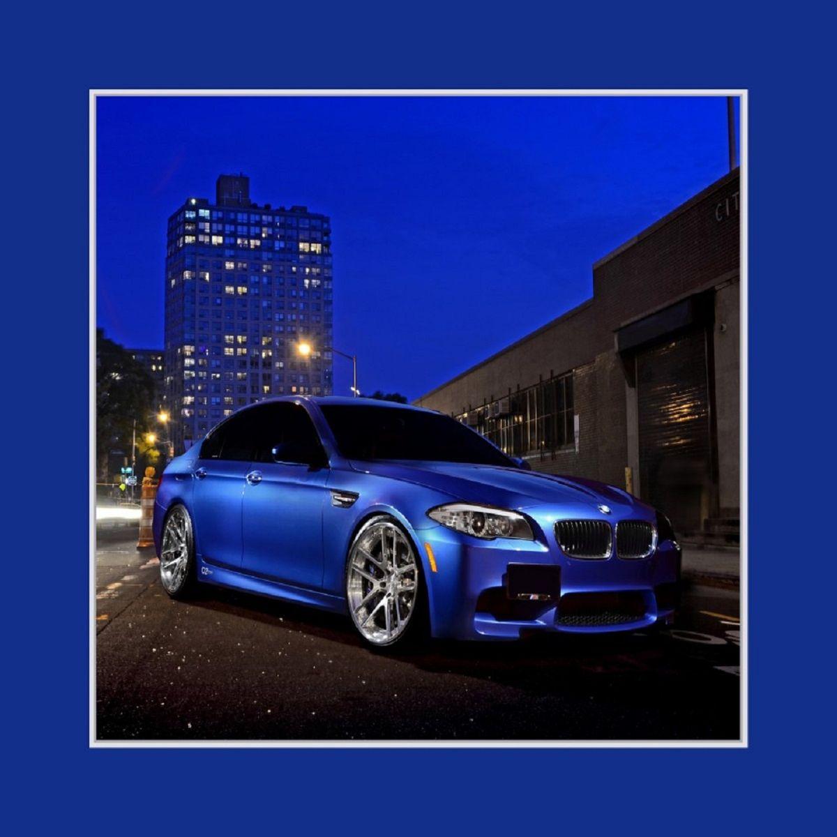 Наволочка декоративная Рапира BMW, 45 х 45 см. 29032903Декоративная наволочка на молнии. Оригинальный принт напечатан на двух сторонах наволочки, ткань искусственный шелк.