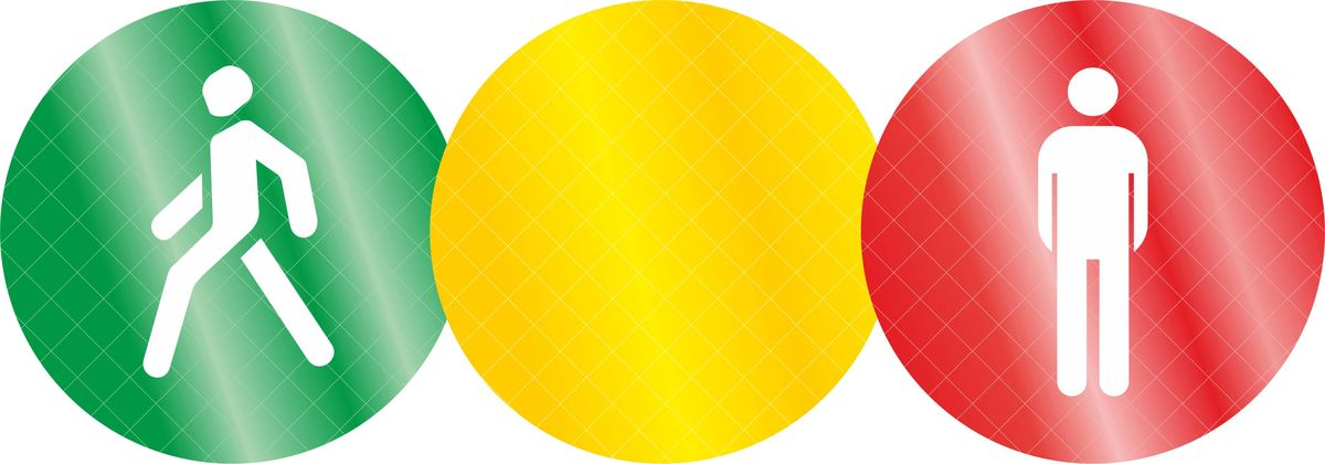 Комплект светоотражателей Фолиант Светофор, цвет: желтый, красный, зеленый, 3 штСВК-6Тематический комплект Фолиант Светофор состоит из 3-х кругов диаметром 5,5 см. Светоотражатели изготовлены из светоотражающей пленки призматического типа. Пленка соответствует ГОСТ Р 52290-2004, обладает высокой светоотражающей способностью. Ношение светоотражателей снижает риск наезда на пешехода в темное время суток в 6-8 раз. (С 1 июля 2015 года вступило в силу изменение в Правилах дорожного движения, в соответствии с которым при переходе дороги и движении по обочинам или краю проезжей части в темное время суток или в условиях недостаточной видимости пешеходам рекомендуется, а вне населенных пунктов пешеходы обязаны обеспечить свою видимость для водителей транспортных средств светоотражающими элементами.).