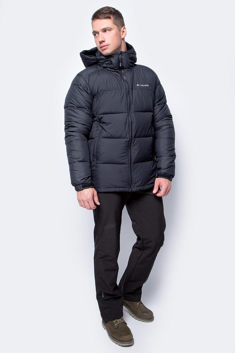 Куртка мужская Columbia Pike Lake Hooded Jacket M, цвет: черный. 1738032-010. Размер M (46/48)1738032-010Утепленная мужская куртка Columbia Pike Lake - отличный вариант для походов и активного отдыха. Ткань изделия обработана специальной водоотталкивающей пропиткой. Технология Omni-Heat превосходно сохраняет тепло за счет инновационных серебристых точек, расположенных с внутренней стороны изделия. Воротник-стойка защитит шею от продувания. Боковые карманы на застежках-молниях подойдут для надежного хранения мелочей.