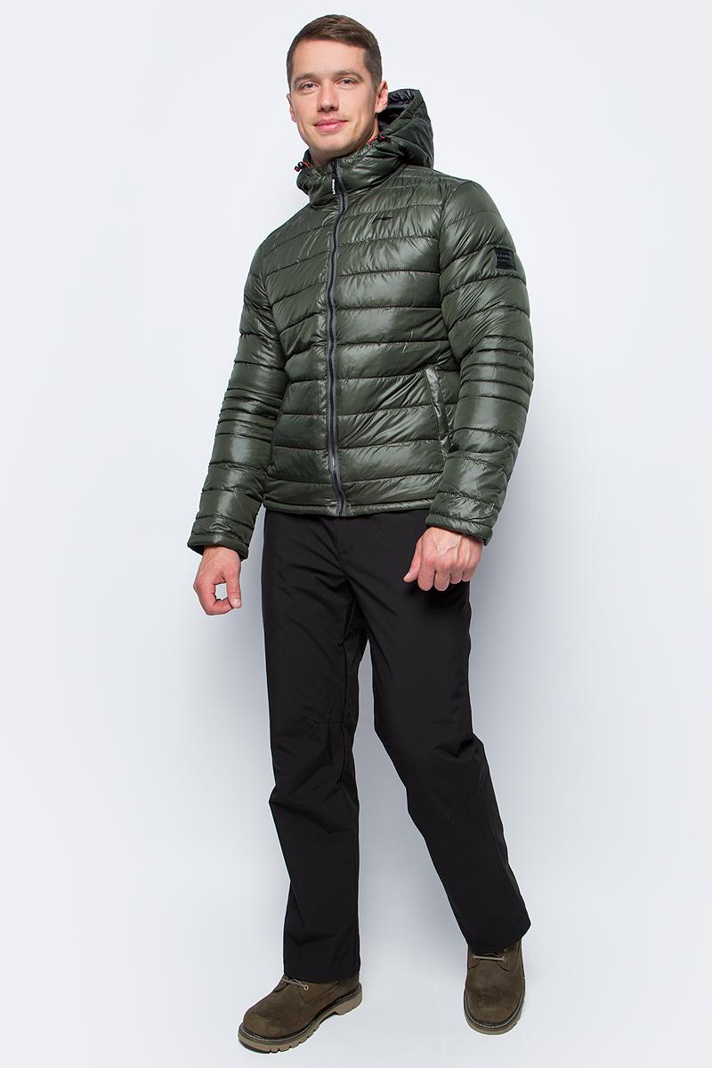 Куртка мужская Li-Ning, цвет: зеленый. 883351831AV_581. Размер S (48)883351831AV_581Утепленная куртка спортивного стиля выполнена из полиэстера. Модель с несъемным капюшоном застегивается на молнию, спереди дополнена двумя прорезными карманами.