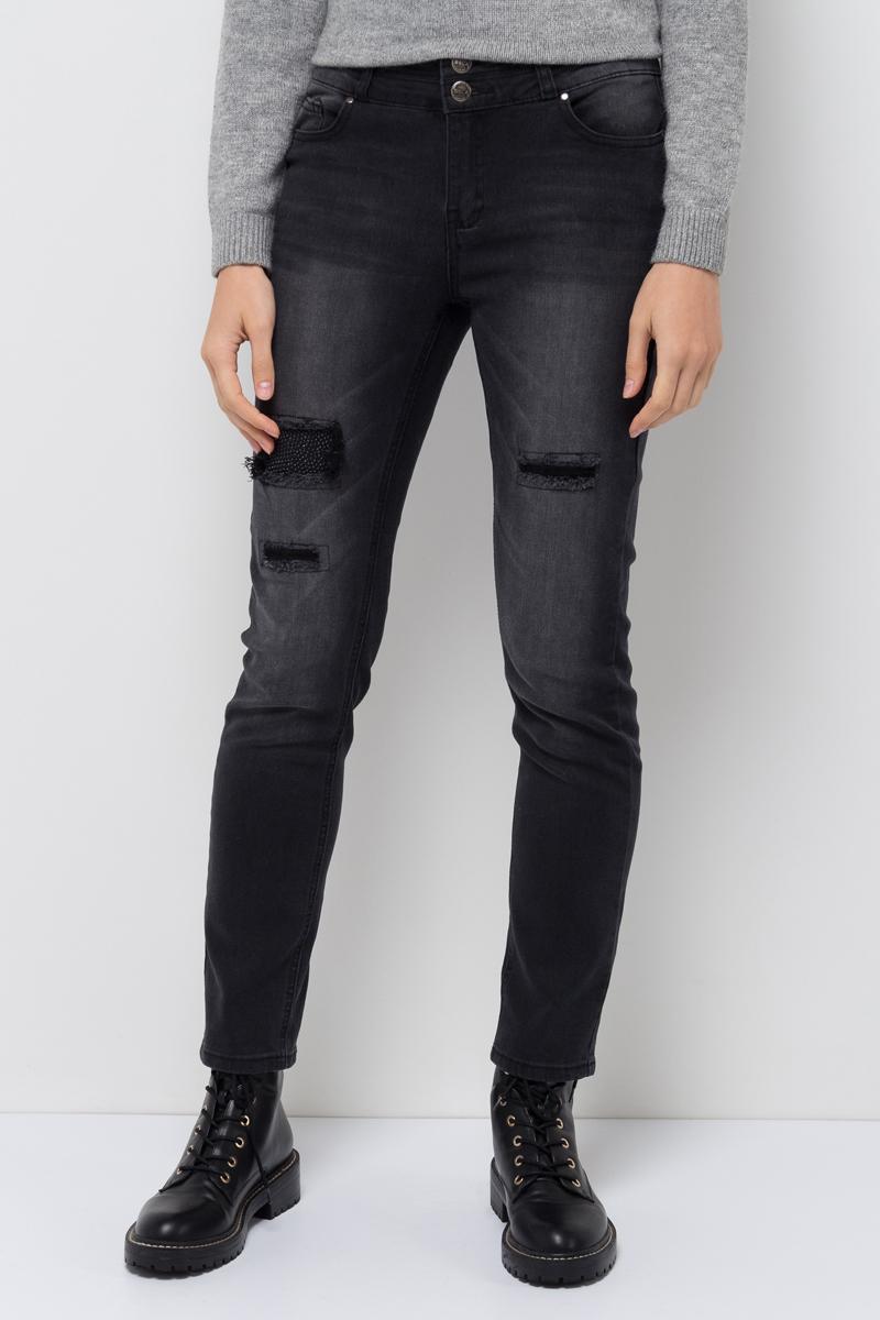 Джинсы женские Sela, цвет: черный джинс. PJ-335/797-7412. Размер 26-32 (42-32)PJ-335/797-7412Женские джинсы от Sela выполнены из эластичного хлопка. Модель Skinny средней посадки в талии застегивается на две пуговицы, имеются шлевки для ремня и ширинка на застежке-молнии. Джинсы имеют классический пятикарманный крой и оформлены декоративными заплатками.