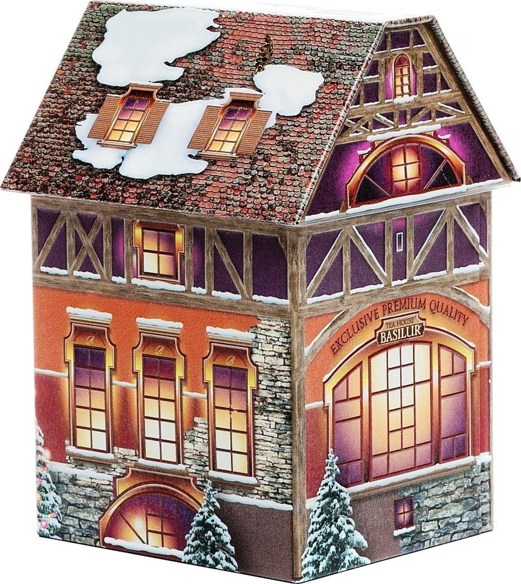 Basilur Рождественский домик черный листовой чай с ароматом марципана, 100 г70275-00Чай Basilur Рождественский домик не оставит вас равнодушным. Жестяная баночка выполнена в форме красивого домика со съемной крышей. Несмотря на зимний дизайн, будет отличным подарком в любое время года. Чай порадует своим оригинальным вкусом и ароматом.