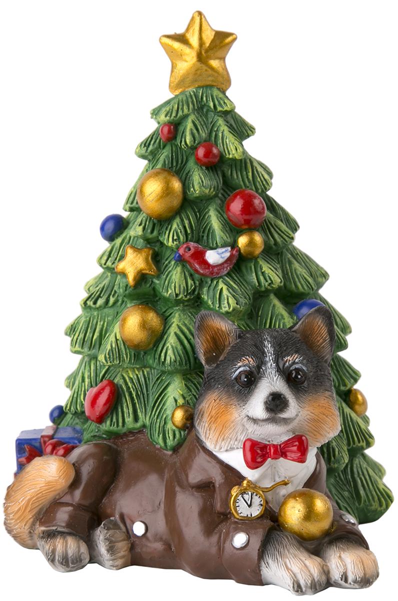Шкатулка декоративная Magic Time Собака под елочкой. 7554675546Декоративная шкатулка из полирезины СОБАКА ПОД ЕЛОЧКОЙ, 11x9,5x11,5 см, артикул 75546