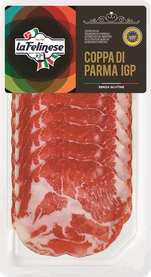 Felinese Шейка пармская Коппа, 70 г6680Шейка КоппаFelinese - сыровяленая ветчина, изготовлена в соответствии с традициями провинцииПарма. Идеальна для бутербродов и в качестве ингредиента для пиццы. Основанная в 1963 г. в Фелино, Парме, сегодня Фелинезе С. п. А. входит в тройку главных производителей мясных и колбасных изделий в Италии. Фелинезе следует политике уважения собственной марки и позиционирует себя на рынке в нише продуктов высшей ценовой категории, предлагая традиционные итальянские продукты высшего качества, для того чтобы удовлетворить требованиям своих клиентов.