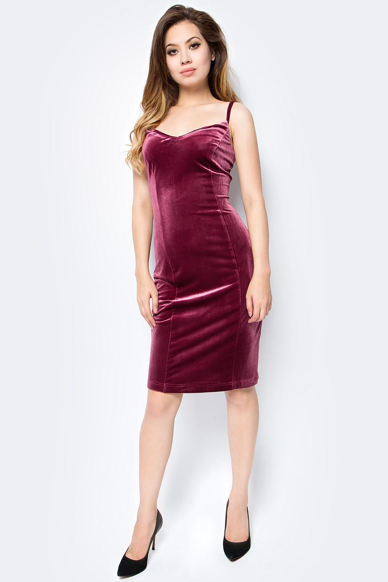 Платье женское La Via Estelar, цвет: бордовый. 10205-. Размер 48
