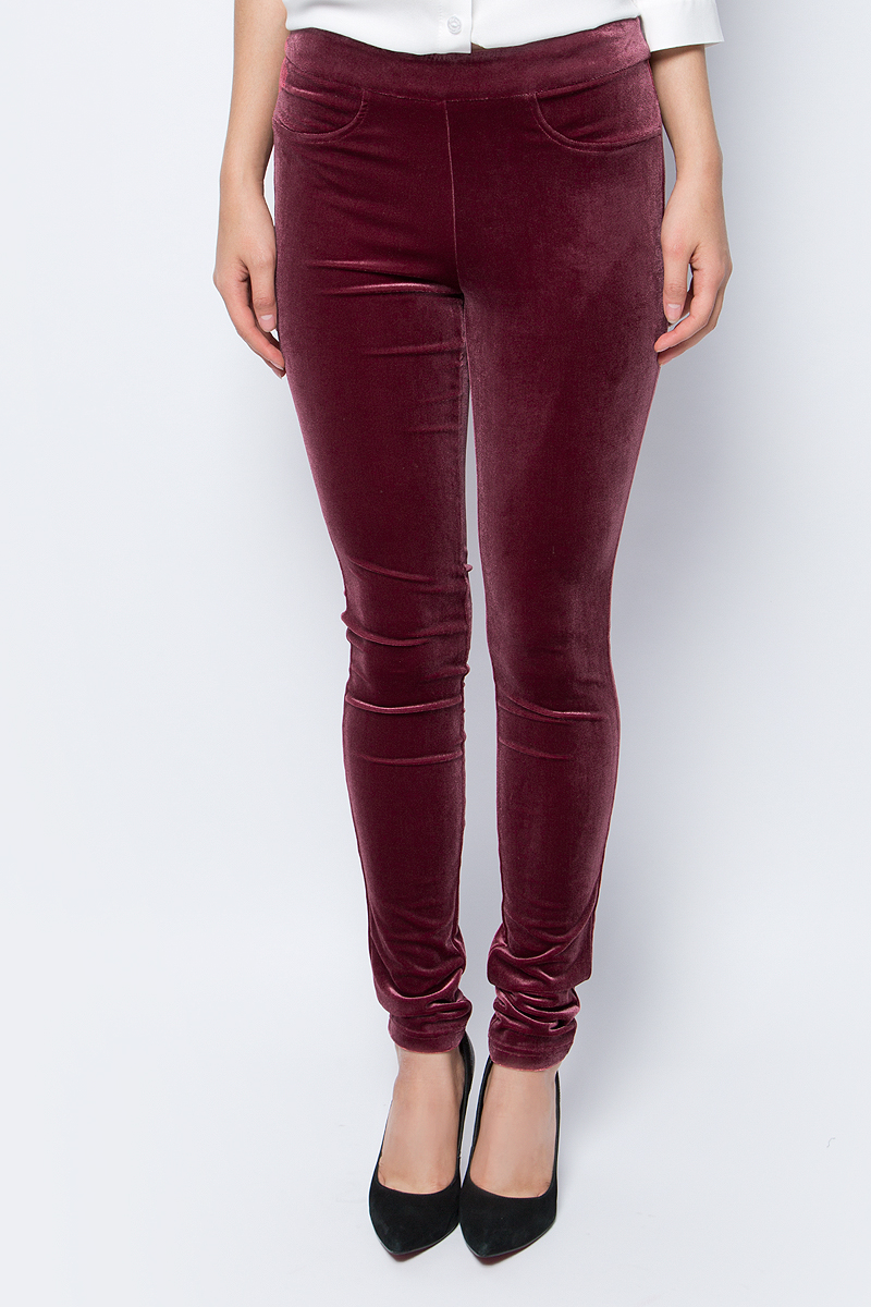 Брюки женские La Via Estelar, цвет: бордовый. 60570. Размер 52 цены онлайн