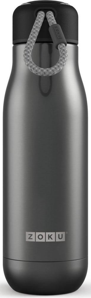 Термос Zoku Hydration, цвет: серый, 500 млZK142-GMДвойные вакуумные стенкиВакуум и толстые стенки из нержавеющей стали поддерживают температуру горячих напитков до 12, а холодных – до 40 часов, поэтому любимые напитки всегда будут доступны в течение дня. При этом бутылку можно спокойно держать в руках без риска обжечься. Гигиеничное горлышкоУзкое горлышко создано специально для питья, вам не потребуются дополнительные стаканы или емкости. Гладкая полированная поверхность легко очищается за считанные секунды и не накапливает на себе бактерии и грязь благодаря тому, что резьба для крышки спрятана внутри. Даже если вы находитесь на активном отдыхе или занимаетесь спортом, ваша бутылка всегда остается чистой и гигиеничной.Паракорд для переноскиШнур на крышке бутылки называется «паракордом» и позволяет вам брать её с собой, куда бы вы ни направлялись: держите её в руках, несите за ремешок или же прикрепите к снаряжению. Шнур легко вынимается при необходимости, просто потяните защитную крышку вверх. Нержавеющая сталь Высокое качество нержавеющей стали 18/8 делает термобутылку особенно прочной: она устойчива к коррозии, не разрушается и не впитывает запахи. Бутылка будет служить долго и не потребует замены деталей. Используемая сталь полностью пригодна для пищевых продуктов, не содержит фталатов и бисфенола-А. Открывается одним движениемЧтобы закрутить или открутить крышку, достаточно всего одного оборота, что очень удобно, если вы на ходу или за рулем. Крышка с силиконовой вставкой полностью герметична, поэтому бутылку можно смело убрать в рюкзак, чемодан или сумку, не боясь, что ее содержимое прольется.Стильный дизайнПривлекательный внешний вид, яркие цвета и качественные материалы делают эту термобутылку идеальным компаньоном для активных и следящих за своим здоровьем людей. Она подчеркнет ваш имидж и добавит ему ярких акцентов. Берите её с собой на прогулки, в спортзал и в любое путешествие, не боясь, что ваши напитки его не выдержат.Объем термобутылки – 500 мл. Моется