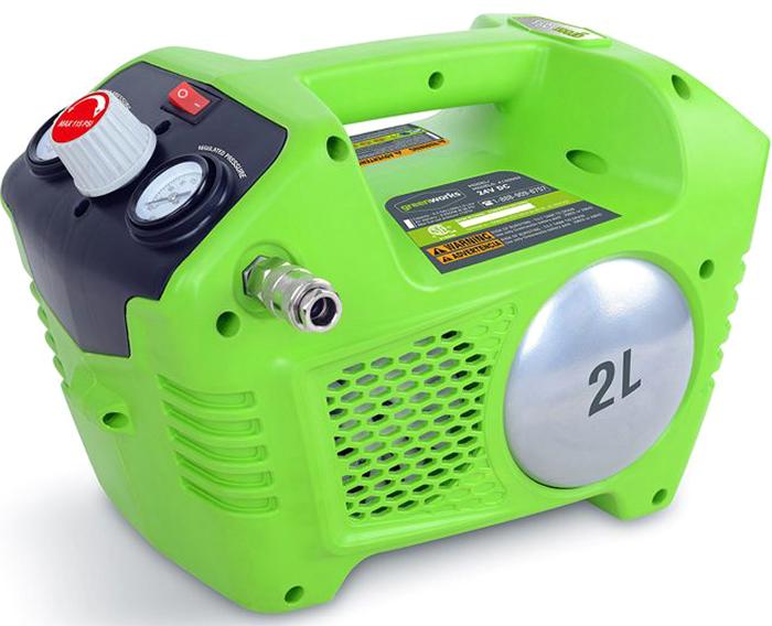 Компрессор аккумуляторный Greenwork 24В. 41003024100302Аккумуляторный воздушный компрессор Greenworks оснащён ручкой регулятора давления для регулировки количества воздуха, поступающего через шланг. Безмасленный насос снижает потребность в техническом обслуживании. Воздушный компрессор оснащен быстроразъемным соединением, расположенным на боковой стороне устройства. Имеет двухлитровый воздушный резервуар и 2 манометра (регулировочный манометр давления и манометр давления в резервуаре). На регулировочном манометре давления отображается текущее давление в трубопроводе. Это давление можно регулировать вращением ручки регулятора давления. Манометр давления в резервуаре показывает давление воздуха в резервуаре.Компрессор оборудован сливным и предохранительным клапанами. Сливной клапан на резервуаре предназначен для слива конденсата, что позволяет предотвратить коррозию резервуара. Предохранительный клапан предназначен для автоматического выпуска воздуха, если давление в воздушном резервуаре превышает заданное максимальное значение.Имеется удобная ручка для переноски. Воздушный компрессор был разработан таким образом, чтобы надежно стоять в горизонтальном или вертикальном положении.Эта модель моментально готова к работе нажатием одной кнопки. Благодаря питанию от 24V аккумулятора компрессор обеспечивает долгую автономную работу. Данный аккумулятор совместим с другими устройствами из линейки G-24.Особенности: - Безмасляный. - Объем ресивера 2 л. - Макс. давление 8 бар. - Быстроразъемное соединение штуцеров. - Работает с аккумуляторами Greenworks G24 (арт. 2902707, 2902807) и зарядным устройством G24С (арт. 2903607).Гарантия 2 года.