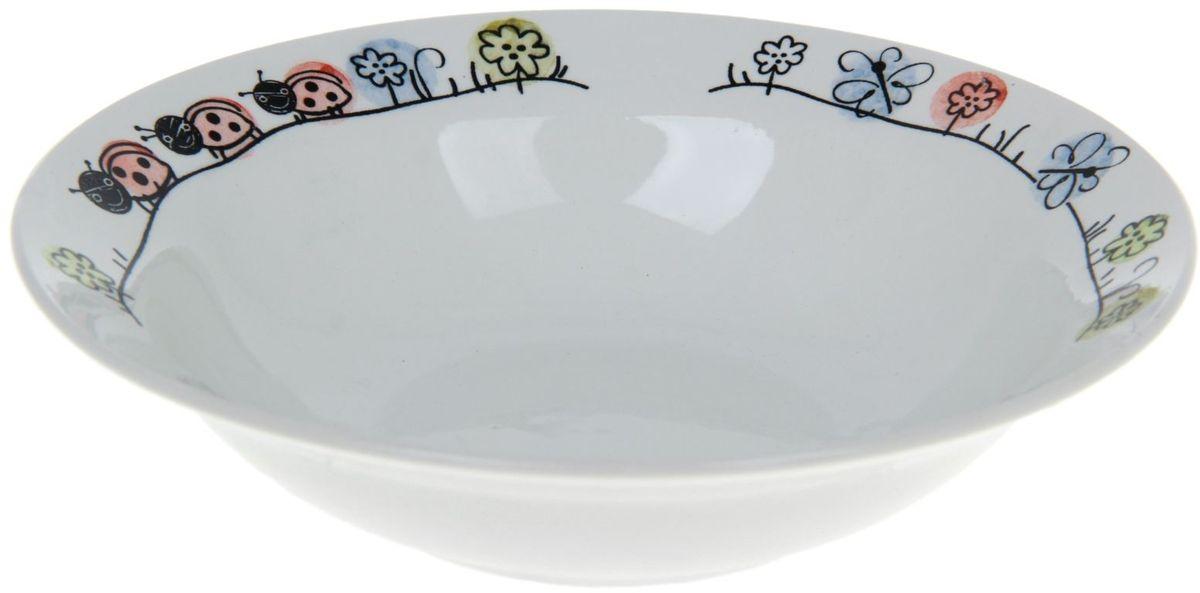 Кубаньфарфор Миска детская Лужок 250 мл1131720Фаянсовая детская посуда с забавным рисунком понравится каждому малышу. Изделие из качественного материала станет правильным выбором для повседневной эксплуатации и поможет превратить каждый прием пищи в радостное приключение.Особенности:- простота мойки,- стойкость к запахам,- насыщенный цвет.