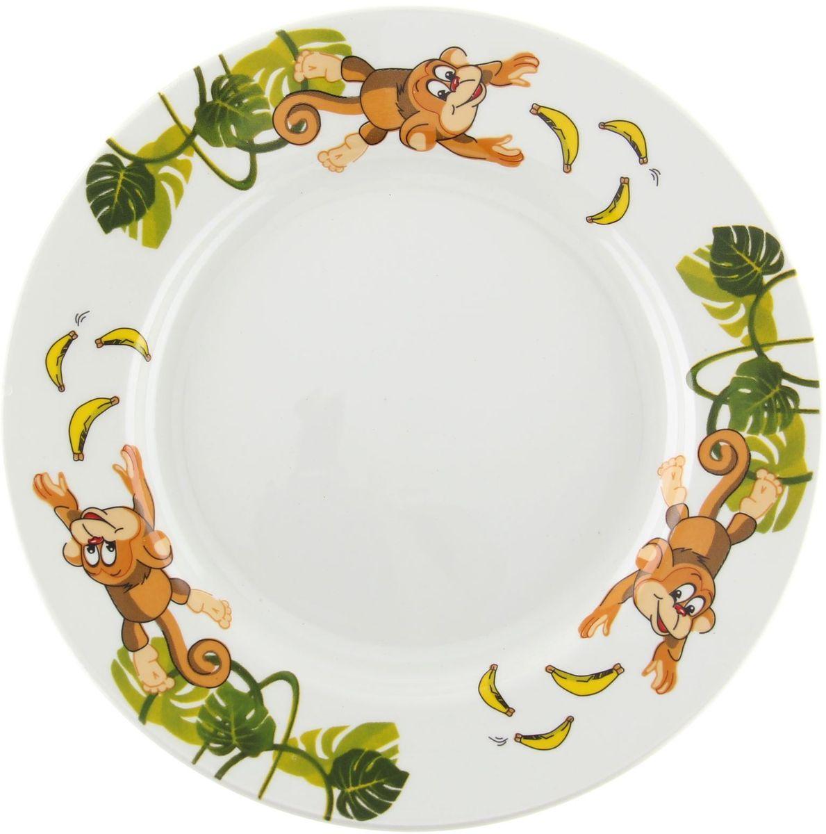 Кубаньфарфор Тарелка детская Обезьянки 13013781301378Фаянсовая детская посуда с забавным рисунком понравится каждому малышу. Изделие из качественного материала станет правильным выбором для повседневной эксплуатации и поможет превратить каждый прием пищи в радостное приключение.Особенности:- простота мойки,- стойкость к запахам,- насыщенный цвет.