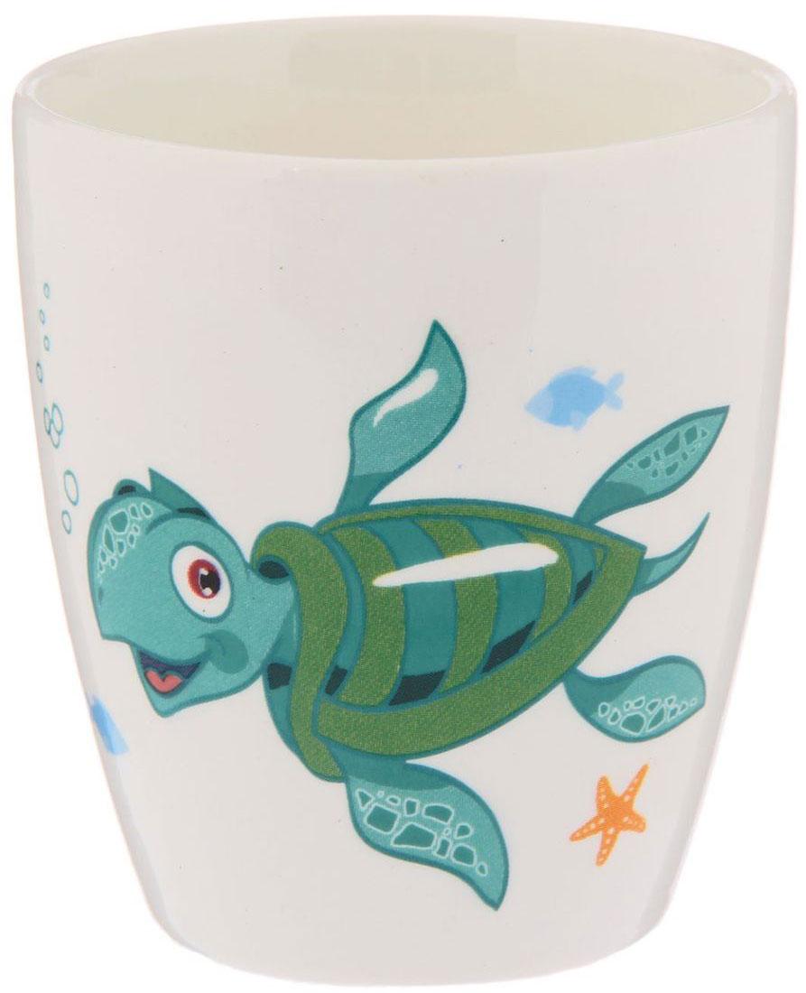 Кубаньфарфор Кружка детская Море 220 мл2220080Фаянсовая детская посуда с забавным рисунком понравится каждому малышу. Изделие из качественного материала станет правильным выбором для повседневной эксплуатации и поможет превратить каждый прием пищи в радостное приключение.Особенности:- простота мойки,- стойкость к запахам,- насыщенный цвет.