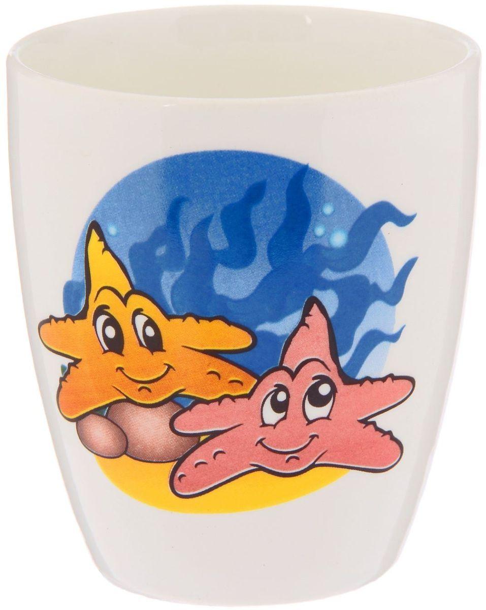 Кубаньфарфор Кружка детская Морской мир 260 мл2220089Фаянсовая детская посуда с забавным рисунком понравится каждому малышу. Изделие из качественного материала станет правильным выбором для повседневной эксплуатации и поможет превратить каждый прием пищи в радостное приключение.Особенности:- простота мойки,- стойкость к запахам,- насыщенный цвет.