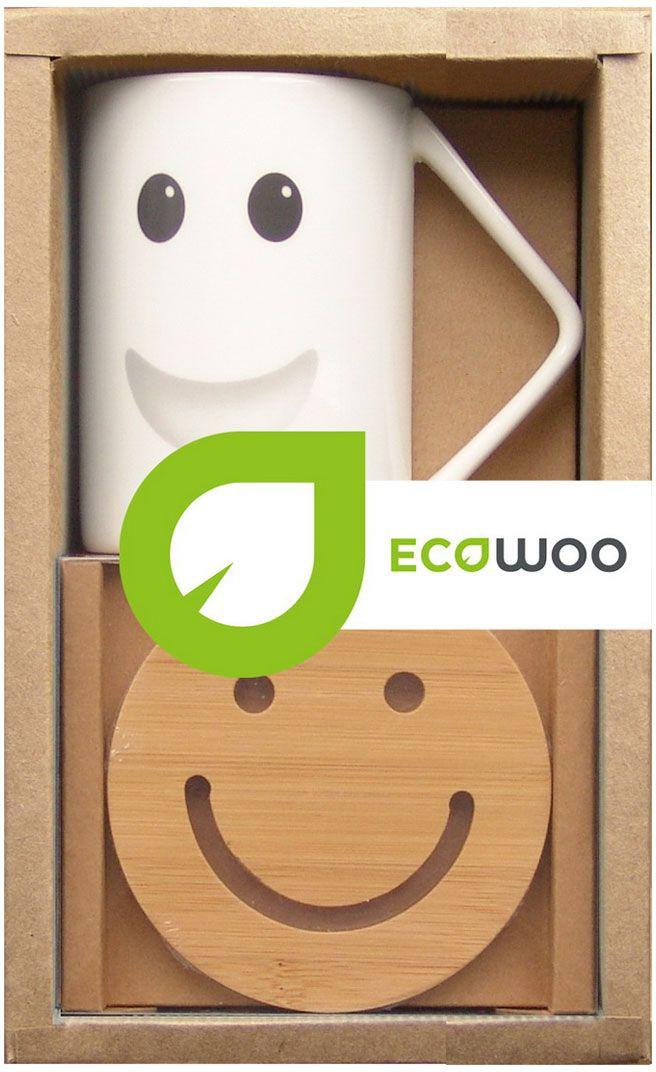 """Набор """"EcoWoo"""" - это не только идеальный подарок, но и прекрасный повод побаловать себя!   Набор прекрасен для всевозможных напитков: кофе, свежевыжатого сока, чая.  Классический цвет и форма идеально впишется в любой интерьер кухни, но особенно оценят  любители современного стиля.  Состав набора: кружка 360 мл и бамбуковая подставка диаметром 10 см."""