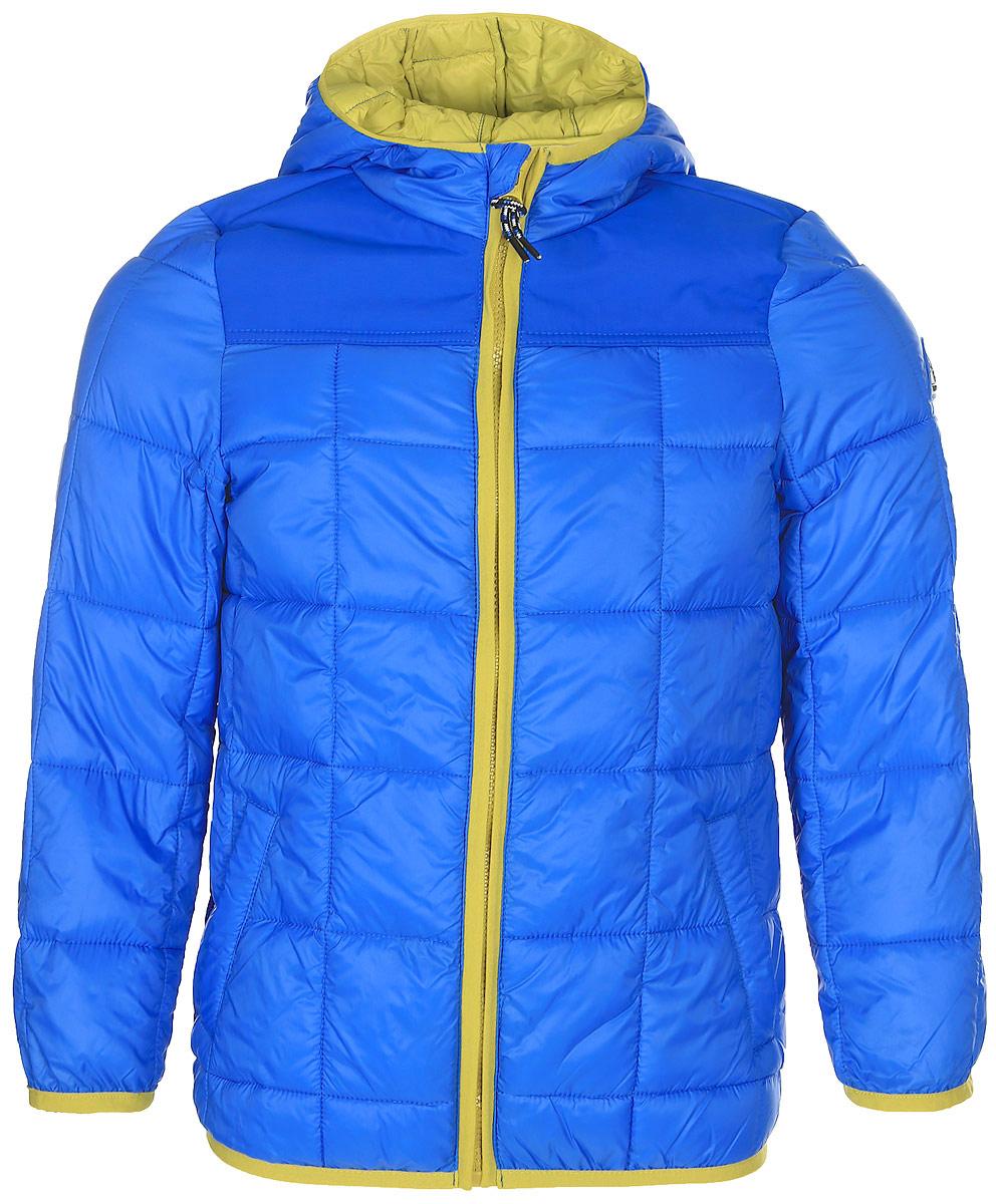 Куртка для мальчика Tom Tailor, цвет: голубой. 3533393.00.30_6981. Размер 1283533393.00.30_6981Стильная куртка для мальчика Tom Tailor изготовлена из полиамида. Подкладка выполнена из полиэстера. В качестве утеплителя используется синтепон. Куртка с капюшоном застегивается на застежку- молнию и дополнительно имеет защиту подбородка и внутреннюю ветрозащитную планку. Изделие дополнено спереди двумя прорезными карманами на застежках-молниях. Низ модели и рукава дополнены эластичной резинкой.