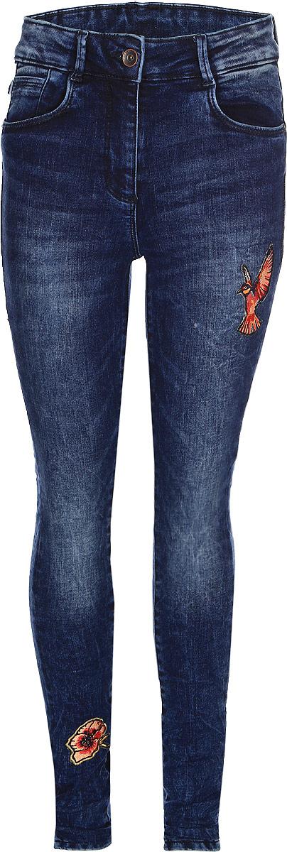Джинсы для девочки Tom Tailor, цвет: синий. 6205840.00.40_1000. Размер 1706205840.00.40_1000Стильные джинсы для девочки Tom Tailor, выполненные из высококачественного материала, станут отличным дополнением к гардеробу вашего ребенка. Модель облегающего кроя и стандартной посадки на талии застегиваются на пуговицу и имеют ширинку на застежке-молнии. На поясе имеются шлевки для ремня. Модель представляет собой классическую пятикарманку: два втачных и один маленький накладной кармашек спереди и два накладных кармана сзади.