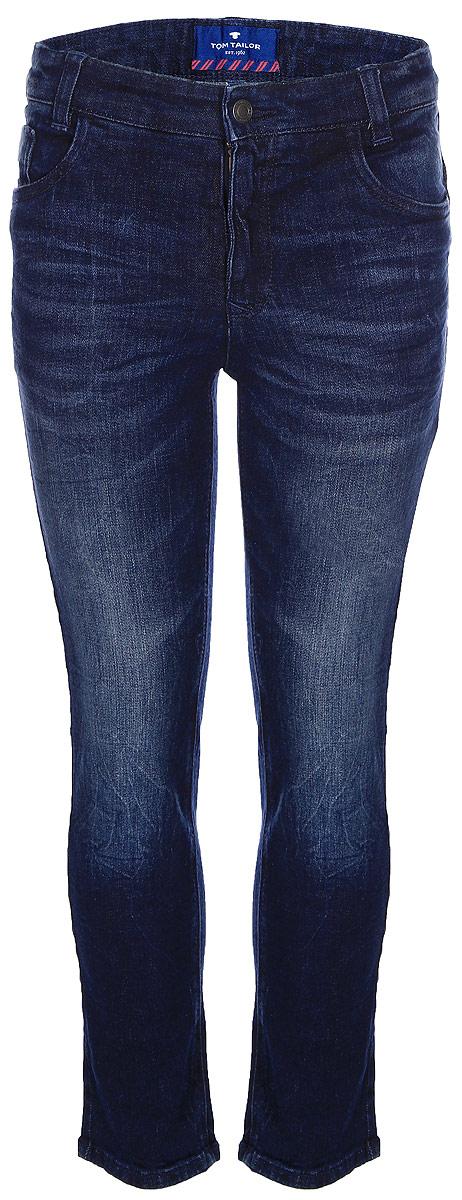 Джинсы для мальчика Tom Tailor, цвет: синий. 6205909.00.82_1097. Размер 1106205909.00.82_1097Стильные джинсы для мальчика Tom Tailor, выполненные из высококачественного материала, станут отличным дополнением к гардеробу вашего ребенка. Модель стандартной посадки на талии застегиваются на пуговицу и имеют ширинку на застежке-молнии. На поясе имеются шлевки для ремня. Модель представляет собой классическую пятикарманку: два втачных и один маленький накладной кармашек спереди и два накладных кармана сзади.