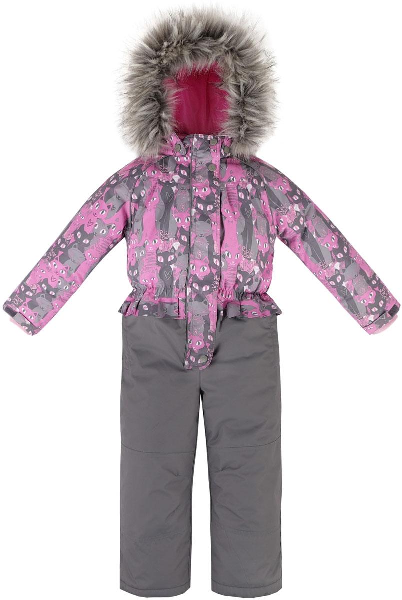 Комбинезон утепленный для девочки Reike Кошечки, цвет: розовый, серый. 39700110_PRC grey/pink. Размер 11639700110_PRC grey/pinkКомбинезон для девочки Reike Кошечки изготовлен из ветрозащитного, водоотталкивающего, дышащего мембранного материала, оформленного принтом с изображением кошечек. Подкладка выполнена из принтованного полиэстера, на спинке и воротнике вставки из микрофлиса. Модель дополнена съемным регулирующимся капюшоном с отстегивающейся меховой опушкой, двумя карманами на молнии, а также многочисленными светоотражающими элементами. Рукава оформлены эластичными трикотажными манжетами. Ветрозащитная планка на кнопках и липучках вдоль всей молнии не допускает проникновения холодного воздуха. Низ и колени брючин усилены от истирания и оснащены снегозащитными вставками, а также съемными штрипками.Базовый уровень.Коэффициент воздухопроницаемости комбинезона: 2000гр/м2/24ч.Водоотталкивающее покрытие: 2000 мм.
