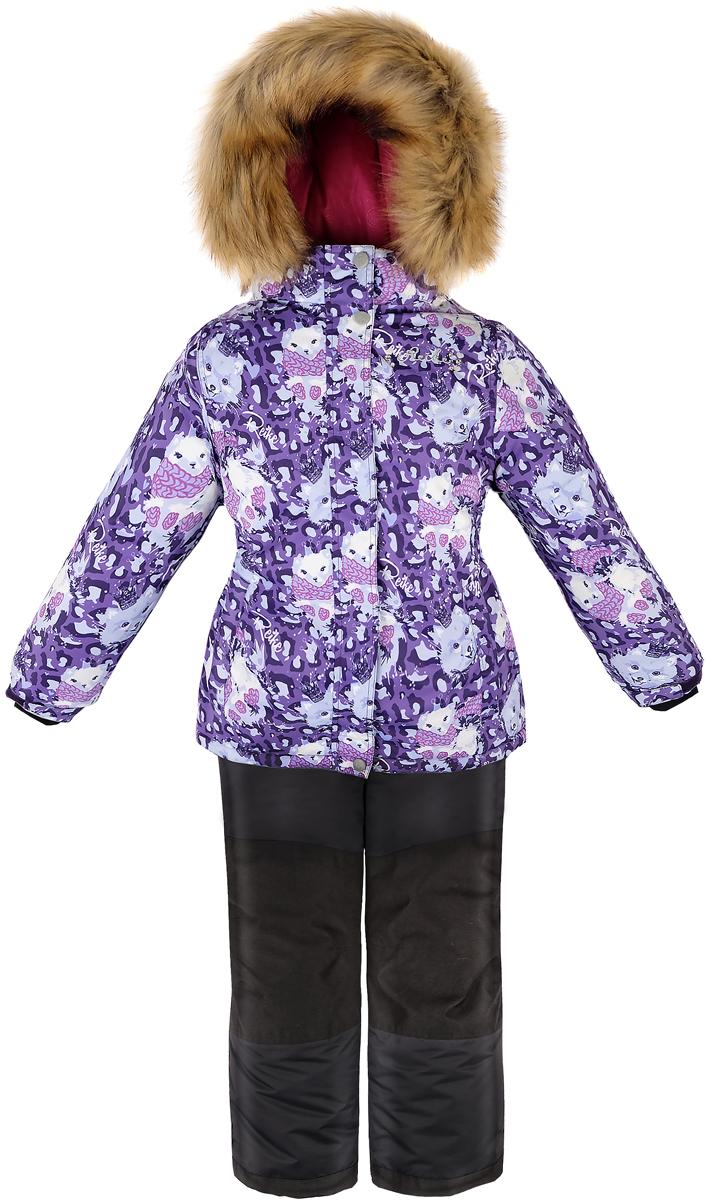 Комплект для девочки Reike Забавный горностай: куртка, полукомбинезон, цвет: фиолетовый. 39775777_FE purple. Размер 12839775777_FE purpleКомплект для девочки Reike Забавный горностай состоит из куртки, декорированной красочным принтом с изображением горностая, и однотонных брюк на лямках. Комплект выполнен из ветрозащитной, водонепроницаемой и дышащей мембранной ткани на подкладке из микрофлиса и принтованного полиэстера. Куртка приталенного силуэта дополнена съемным регулирующимся капюшоном с отстегивающейся меховой опушкой и двумя карманами на липучках, сзади на талии резинка. На груди декорирована серебристой вышивкой Reike с камешками. Ветрозащитная планка на кнопках и липучках вдоль молнии не допустит проникновения холодного воздуха. Рукава на утяжке оформлены манжетами с отверстием для большого пальца из полиэстера. Завышенная талия брюк и регулируемые подтяжки гарантируют посадку по фигуре. Задняя поверхность бедер, колени, низ брюк усилены защитой от истирания. Брюки оформлены двумя боковыми карманами на молнии и съемными штрипками. Комплект оснащен множеством светоотражающих деталей, снегозащитными вставками на куртке и брюках; швы и карманы проклеены.Технологичный уровень.Коэффициент воздухопроницаемости комбинезона: 3000гр/м2/24 ч.Водоотталкивающее покрытие: 5000 мм.