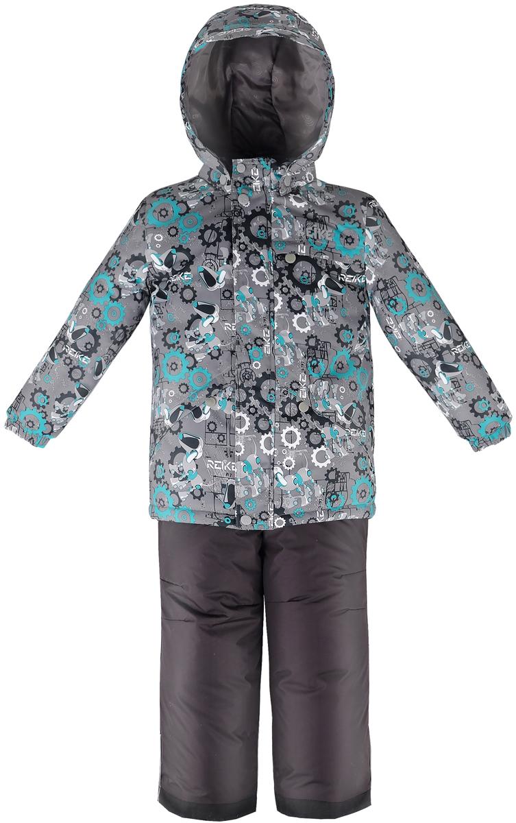 Комплект для мальчика Reike Собака-робот: куртка, полукомбинезон, цвет: серый, зеленый. 39600201_RDG grey/green. Размер 9239600201_RDG grey/greenКомплект для мальчика Reike Собака-робот состоит из куртки, декорированной оригинальным принтом с изображением собаки-робота, и однотонных брюк на лямках. Комплект выполнен из ветрозащитной, водонепроницаемой и дышащей мембранной ткани на подкладке из микрофлиса (спинка, грудь куртки) и принтованного полиэстера. Куртка дополнена съемным капюшоном с козырьком и тремя карманами на молнии. Манжеты на резинке и ветрозащитная планка на кнопках и липучках вдоль молнии не допустят проникновения холодного воздуха. Завышенная талия брюк и регулируемые съемные подтяжки гарантируют удобную посадку по фигуре. Низ усилен защитой от истирания. Брюки оснащены двумя боковыми карманами на молнии, а также съемными штрипками. Комплект имеет множество светоотражающих деталей, снегозащитные вставки на куртке и брюках.Базовый уровень.Коэффициент воздухопроницаемости комбинезона: 2000гр/м2/24ч.Водоотталкивающее покрытие: 2000 мм.