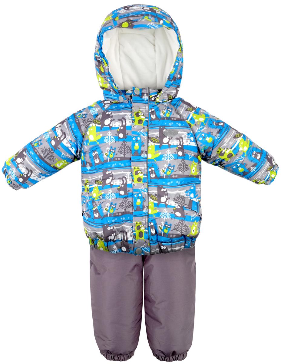 Комплект для мальчика Reike Веселые друзья: куртка, полукомбинезон, цвет: синий, зеленый. 39520107_FFF blue/green. Размер 9839520107_FFF blue/greenКомплект Reike Веселые друзья, состоящий из куртки с ярким комбинированным принтом и однотонного полукомбинезона, обеспечивает комфорт и качественную защиту ребенка в зимние месяцы. Выполнен из ветрозащитной и водонепроницаемой дышащей ткани с мембраной на хлопковом подкладе с комфортными велюровыми вставками в верхней части полукомбинезона, а также на воротнике и эластичных манжетах куртки. Куртка дополнена съемным регулирующимся капюшоном с козырьком, двумя карманами с клапанами и множеством безопасных светоотражающих деталей. Резинка внизу куртки, а также ветрозащитные планки на кнопках и липучках вдоль молнии, не допускают проникновения холодного воздуха. Эластичная талия полукомбинезона и регулируемые подтяжки гарантируют удобную посадку по фигуре, длинная молния впереди облегчает процесс одевания. Полукомбинезон оснащен светоотражателем в виде логотипа Reike, боковым карманом на молнии и съемными штрипками.Базовый уровень.Коэффициент воздухопроницаемости комбинезона: 2000гр/м2/24 ч.Водоотталкивающее покрытие: 2000 мм.