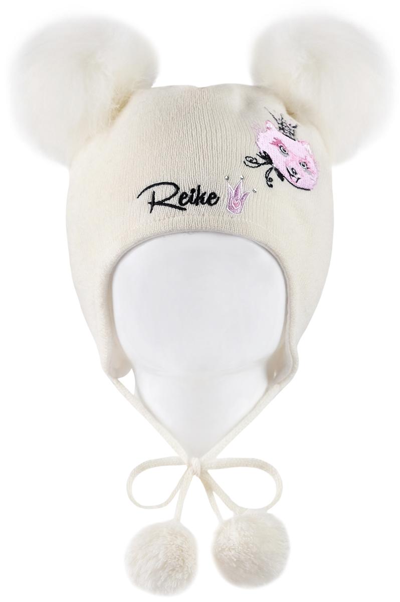 Шапка для девочки Reike Забавный горностай, цвет: белый. RKN1718-1_FE white. Размер 48RKN1718-1_FE whiteШапка на завязках с помпонами Reike Забавный горностай изготовлена из высококачественного материала на основе шерсти и акрила. Модель с хлопковой подкладкой дополнительно утеплена на ушках. Шапочка с двумя объемными помпонами из искусственного меха украшена логотипом Reike и вышивкой со стразами в стиле коллекции. Уважаемые клиенты!Размер, доступный для заказа, является обхватом головы.