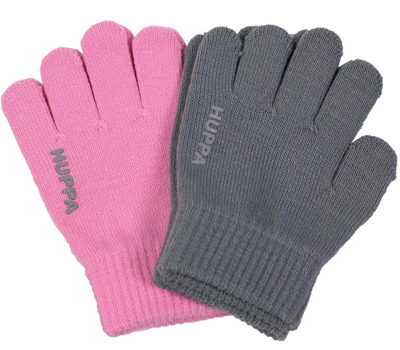 Перчатки для девочки Huppa Levi 2, цвет: розовый, серый, 2 пары. 82050002-00113. Размер 282050002-00113Теплые перчатки Huppa Levi прекрасно подойдут для повседневных прогулок в прохладную погоду. Изделие выполнено из акриловой пряжи и оформлено названием бренда. Перчатки хорошо сохраняют тепло, мягкие, идеально сидят на руке и хорошо тянутся. Манжеты перчаток связаны плотной резинкой, благодаря чему они надежно фиксируются на ручках. Однотонная расцветка делает эти перчатки стильным и практичным предметом детского гардероба. В них ваш ребенок будет чувствовать себя уютно и комфортно! В комплект входит две пары перчаток.