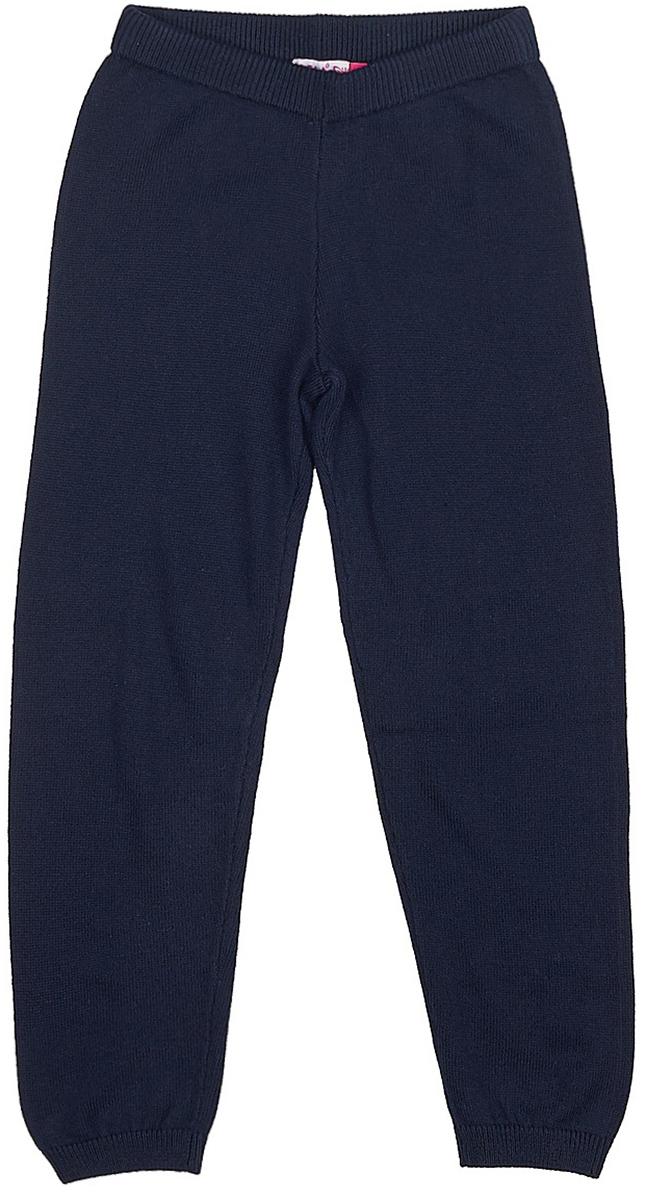 Брюки для девочки Sela, цвет: темно-синий. PLGsw-515/401-7331. Размер 104, 4 годаPLGsw-515/401-7331Вязаные брюки для девочки от Sela выполнены из пряжи сложного состава. Модель на талии дополнена эластичной резинкой, по низу брючин имеются манжеты.