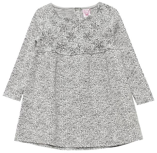 Платье для девочки Sela, цвет: серый меланж. DK-517/408-7412. Размер 104, 4 годаDK-517/408-7412Платье для девочки от Sela выполнено из хлопкового трикотажа. Модель с длинными рукавами, круглым вырезом и завышенной кокеткой на спинке застегивается на пуговицы.