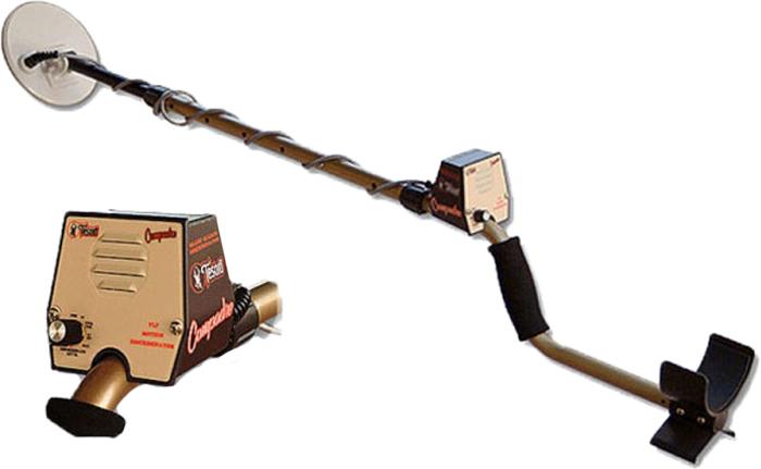 Металлоискатель Tesoro Compadre, катушка 5,75MD-COMP-BA/5.75RC-4WTesoro Compadre (Тесоро Компадре) самый простой, легкий и шустрый бюджетный металлоискатель! Компадре понравится всем, и новичкам и профессионалам!Маленький, да удаленький! Это выражение полностью отражает суть и характер этого недорогого металлодетектора, ведь металлоискатель Tesoro Compadre предназначен для решения самого широкого спектра поисковых задач!Пусть компактность этого прибора не вводит вас в заблуждение – только при поверхностном ознакомлении он кажется игрушкой, первое же применение данного металлоискателя способно вызвать удивление даже у профессионала - настолько велики его возможности.Этот металлодетектор снабжен всего одним блоком управления, совмещающим функции включения-выключения, теста состояния элемента питания и системы дискриминации. Благодаря такой простоте, с управлением прибором способен справиться даже ребенок!Главными отличительными особенностями прибора, выводящим металлоискатель Tesoro Compadre в ранг фаворита не только среди новичков, но и в среде профессиональных искателей, являются точность идентификации объектов из цветных металлов, возможность эффективной работы на сильно замусоренных участках, низкая цена и исключительная компактность.Первое позволяет избежать ложных срабатываний, вызывающих у поисковых приборов от других производителей целую какофонию противоречивых сигналов.Металлоискатель Tesoro Compadre подаст сигнал только тогда, когда под индукционной катушкой окажется объект из цветного металла, и на четкость сигнала никак не повлияет предельно малый размер цели. Подобная особенность не позволит оставить без внимания даже крохотные серебряные монетки, и процесс поиска этих микросокровищ в только что вспаханной земле превратиться в настоящее удовольствие!Возможность работать с максимальной эффективностью на замусоренных участках, высоко ценимая поисковиками-профессионалами, достигается за счет уникальной системы дискриминации ED-180, применяемой также на леге