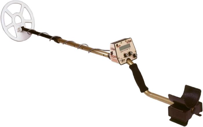 Металлоискатель Tesoro DeLeon, катушка 9 x 8MD-DELE-BA/9x8C-SW-ETesoro De Leon (Тесоро Де Леон) металлоискатель с дисплеем и богатым функционалом, идеален по империи и старине!Идя навстречу пожеланиям поисковиков, использующих в работе и звуковую, и визуальную индикацию, специалисты компании Tesoro Electronics оснастили металлоискатель Tesoro De Leon дисплеем на жидких кристаллах для вывода дополнительной информации, и теперь любой золотоискатель может купить этот уникальный металлодетектор для самого комфортного и эффективного поиска.Теперь не только звук поможет вам в поиске и идентификации объектов – информация на дисплее поможет не только определить категорию и количество найденных мишеней, но и точно укажет глубину залегания.Данная информация позволит извлечь бесценные артефакты максимально бережно, полностью исключив возможность повреждения объекта лопатой или другими инструментами! Имеющий самые положительные отзывы, представляющий грунтовые металлоискатели Tesoro De Leon не подведет своего владельца: цена, оснащение, подробная инструкция и обучающее или ознакомительное видео - все это позволяет получать максимум удовольствия от поиска древних ценностей или кладов.Высокие потребительские качества Tesoro De Leon подтверждает обзор рынка по сегменту металлоискатели грунтовые - продажа данного вида металлодетекторов неизменно высока уже на протяжении многих лет.Металлоискатель Tesoro De Leon обладает информативным однотональным откликом, и предоставляет золотоискателю максимальный комфорт поиска. Получая полную информацию о найденном предмете, вы легко сделаете вывод о том, насколько интересен данный объект, и примите решение о его извлечении из почвы.Помимо перечисленных опций, металлоискатель Tesoro De Leon позволяет применять для поиска режим все металлы с функцией порогового тона, что дает возможность проведения успешной разведки перспективных участков или искать ценные объекты на местах древних поселений при максимальных параметрах глубины обнаружения. Жидк