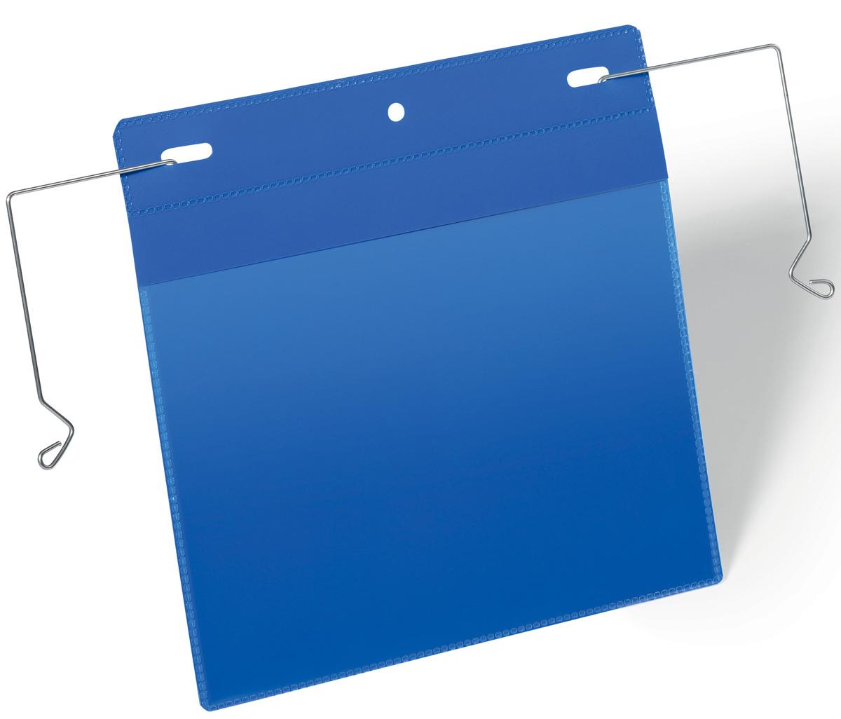 Durable Карман с фиксатором цвет синий1752-07Карман для маркировки транспортных контейнеров, складских коробов, емкостей в металлической или деревянной обрешетке. Гальванизированная эластичная проволока для быстрой и надежной фиксации кармана. Благодаря специальному клапану, защищающему вкладыш от осадков и пыли, может использоваться на улице. Синяя подложка и прозрачное окошко выполнены из износостойкого полипропилена. Не бликует, что удобно для сканирования, не вынимая документ. Быстрая и удобная замена вкладыша. Для оформления вкладыша воспользуйтесь бесплатной программой DURAPRINTВнутренние размеры: A5 горизонтальныйВнешние размеры: 223 x 218 мм (Ш x В)Внешние размеры с механизмом фиксации: 329 х 226 мм (Ш х В)Упаковка: 50 шт.