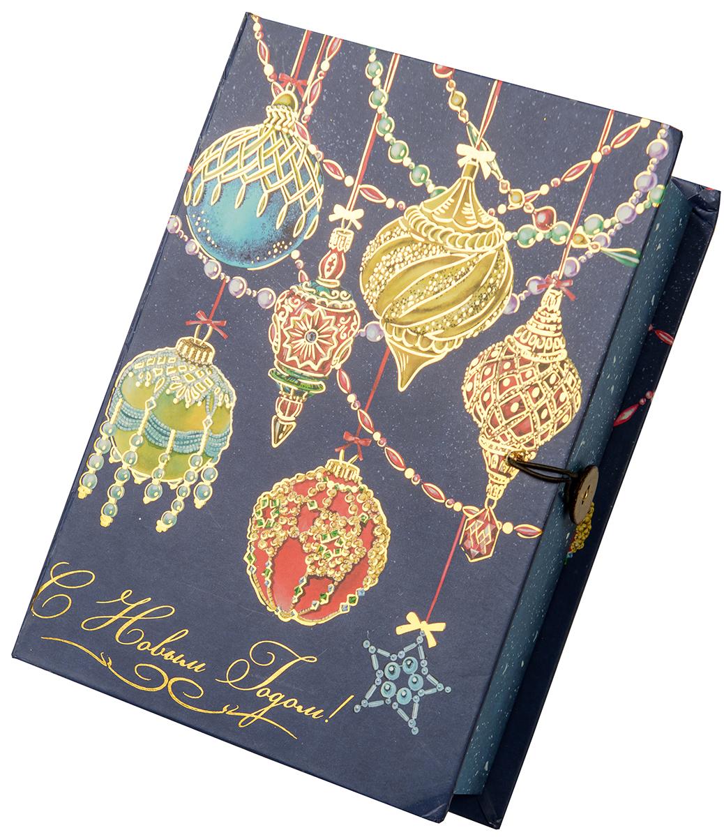 Коробка подарочная Magic Time Яркие игрушки, размер S. 7501875018Подарочная коробка Magic Time, выполненная из мелованного, ламинированного картона, закрывается на пуговицу. Крышка оформлена декоративным рисунком.Подарочная коробка - это наилучшее решение, если вы хотите порадовать ваших близких и создать праздничное настроение, ведь подарок, преподнесенный в оригинальной упаковке, всегда будет самым эффектным и запоминающимся. Окружите близких людей вниманием и заботой, вручив презент в нарядном, праздничном оформлении.Плотность картона: 1100 г/м2.