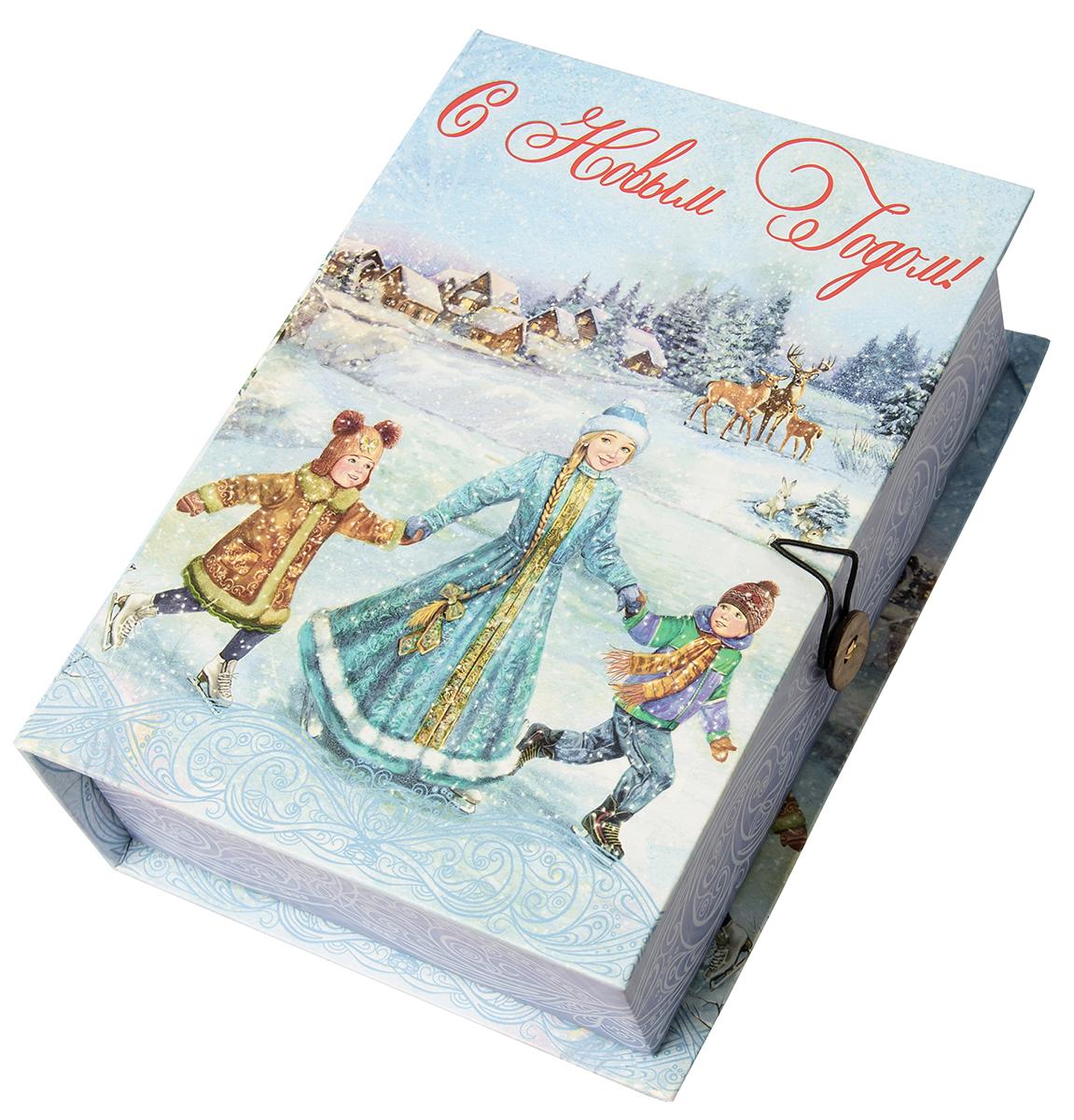 Коробка подарочная Magic Time Зимние забавы, размер S. 7503275032Подарочная коробка Зимние забавы-S из мелованного, ламинированного, негофрированного картона плотностью 1100 г, м2, с полноцветным декоративным рисунком на внутренней и наружной части, 18x12x5, артикул 75032
