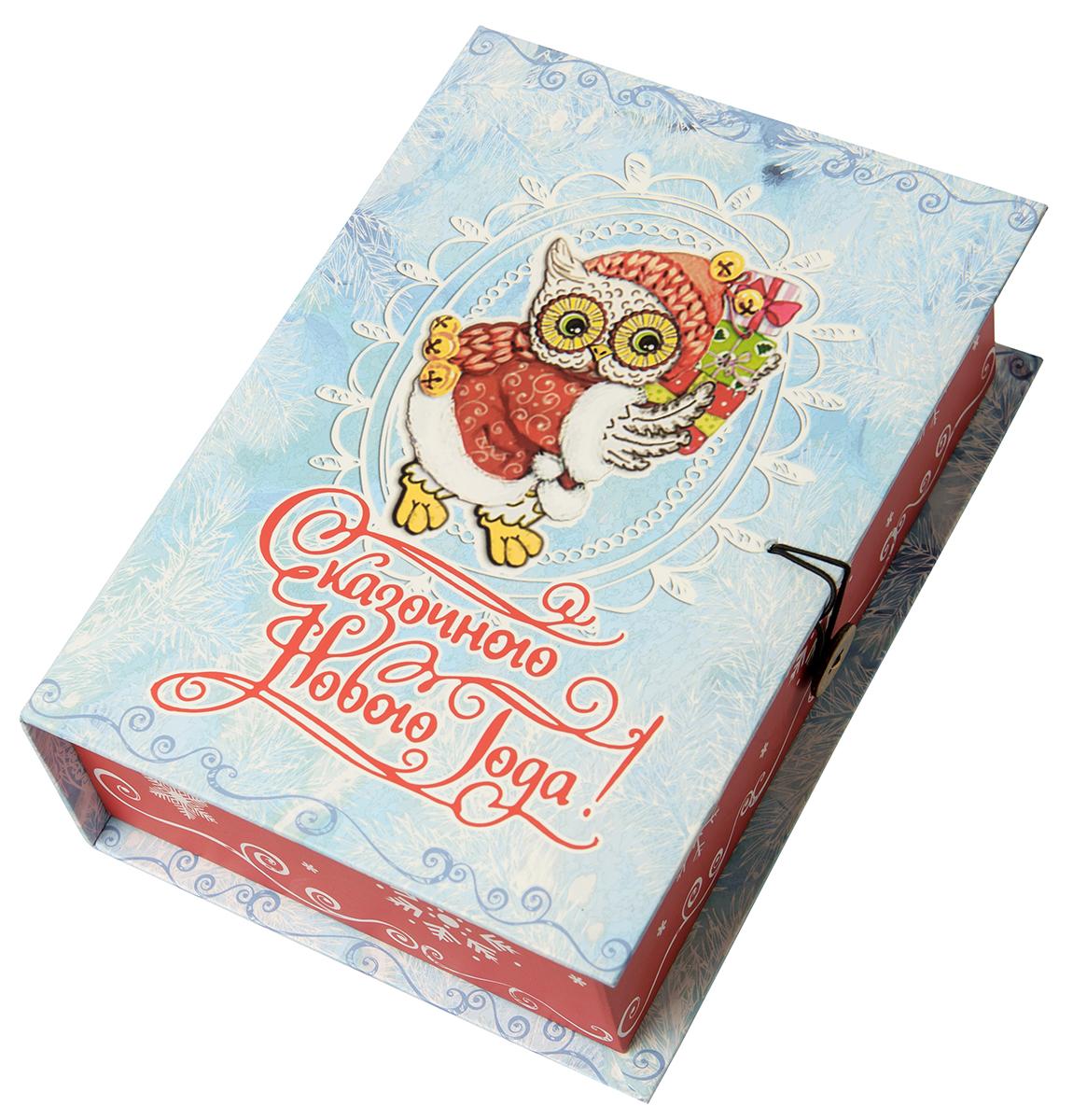 Коробка подарочная Magic Time Новогодняя сова, размер S. 7503675036Подарочная коробка Magic Time, выполненная из мелованного, ламинированного картона, закрывается на пуговицу. Крышка оформлена декоративным рисунком. Подарочная коробка - это наилучшее решение, если вы хотите порадовать ваших близких и создать праздничное настроение, ведь подарок, преподнесенный в оригинальной упаковке, всегда будет самым эффектным и запоминающимся. Окружите близких людей вниманием и заботой, вручив презент в нарядном, праздничном оформлении.Плотность картона: 1100 г/м2.