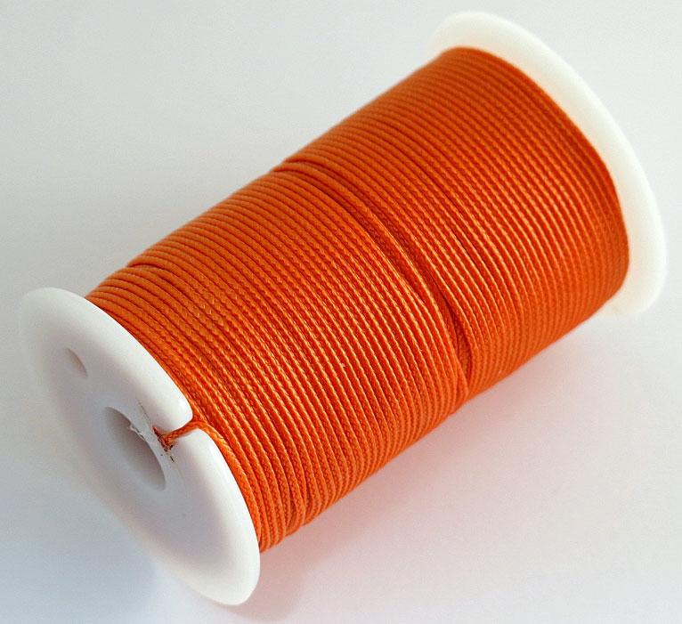 Шнур полиамидный Solaris S6301, на катушке, цвет: оранжевый, 1,2 мм х 70 мS6301oПрочный многоцелевой плетёный шнур из полиамида, выдерживает нагрузку на разрыв 30 кг. Для удобства использования шнур намотан на катушку, на торце катушки есть прорезь для фиксации свободного конца шнура.Диаметр шнура 1,2 мм, длина 70 метров. Свойства и конструкция полиамидного шнура:Стойкость к солнечному излучению (ультрафиолет), влаге, истиранию, воздействию насекомых. Не подвержен гниению и плесени. Диапазон рабочих температур от -60 до +120 °С. Шнур диаметром 1,2 мм состоит из восьми плотно сплетённых прядей. Благодаря такой надёжной конструкции шнур не расплетается при повреждении одной или даже нескольких прядей.Сферы применения полиамидного шнура: - Туризм, рыбалка, охота: Ремонт орудий лова, палаток, тентов, туристического снаряжения. Применяется для оснастки лодок, развешивания рыбы для сушки. Изготовление силков, снегоступов и т.п. - Дачное и домашнее хозяйство, для офиса: Подвязывание рассады, разметка участка. В качестве бельевого шнура, для крепления штор, картин и т.п. Упаковка коробок, вещей. Прошивка документов.