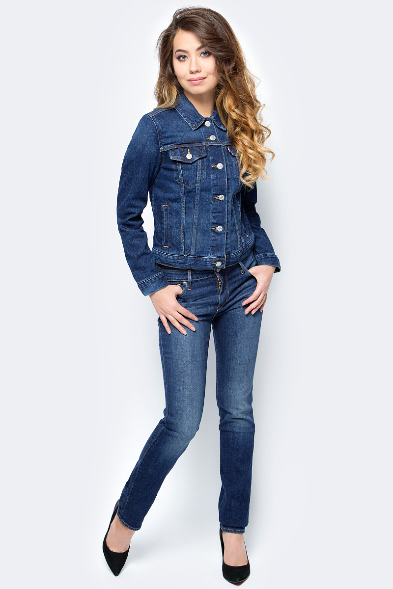 Куртка джинсовая женская Levis®, цвет: темно-синий. 2994500110. Размер L (46)2994500110Куртка Levis® из денима прямого силуэта и идеальной длины. Модель с длинными рукавами и отложным воротником застегивается на пуговицы, на груди дополнена карманами с клапанами. Универсальная классика дополнит любой образ.