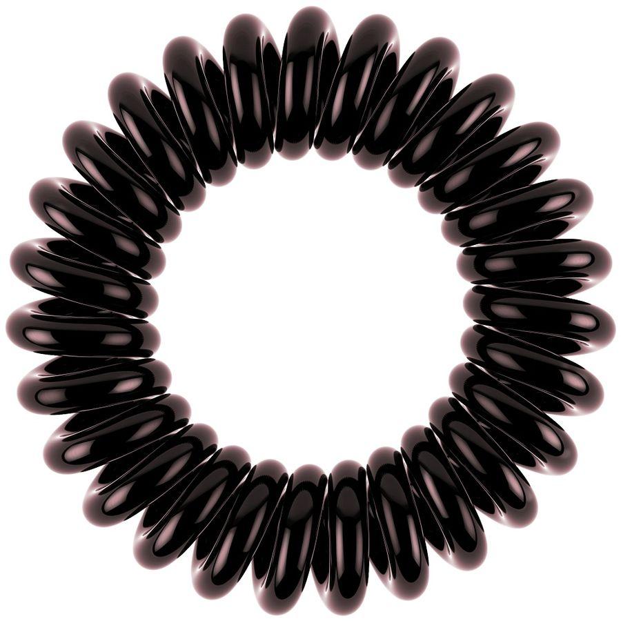 Invisibobble Резинка-браслет для волос Power Luscious Lashes3090Резинки-браслеты Invisibobble Power Luscious Lashes черно-коричневого оттенка из лимитированной тематической коллекции Invisibobble Beauty. Эксклюзивная упаковка с рисунками глаз так напоминает о туши для ресниц! Коллекция Invisibobble Power создана для всех, кто ведет активный образ жизни! Резинки-браслеты Invisibobble Power немного больше в размере, чем Invisibobble Original, а также имеют более плотные витки. Это позволяет плотно фиксировать волосы во время занятий спортом и активного отдыха. Invisibobble Power также идеальны для густых волос. Резинки подходят для всех типов волос, надежно фиксируют прическу, не оставляют заломы и не вызывают головную боль благодаря неравномерному распределению давления на волосы. Кроме того, они не намокают и не вызывают аллергию при контакте с кожей, поскольку изготовлены из искусственной смолы.