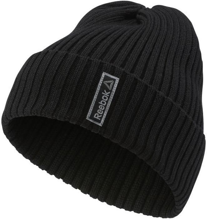 Шапка женская Reebok Se Womens Basic Log, цвет: черный. AY0430. Размер 56/57AY0430Стильная женская шапка Reebok выполнена из высококачественного полиакрила.Шапка оформлена оригинальным вязаным узором и небольшой вышивкой с фирменным логотипом.Уважаемые клиенты!Размер, доступный для заказа, является обхватом головы.