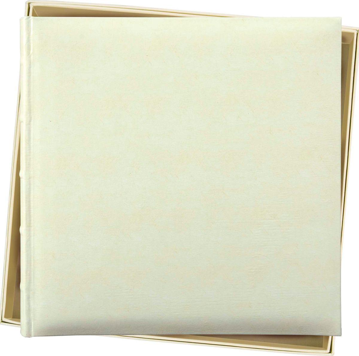 Фотоальбом Innova Bonded Leather, под уголки, 35 х 35 см. Q609936Q609936Фотоальбом Innova Bonded Leather имеет обложку из плотного картона и кожи. Альбом рассчитан на 60 страниц размером 36 х 36 см. Для фотографий предусмотрено поле для записей. Страницы изготовлены из плотной бумаги и скреплены книжным переплетом. Фотоальбом является универсальным подарком к любому празднику. Родным, близким и просто знакомым будет приятно помещать фотографии в этот альбом.Фотоальбом оформлен в красивую подарочную упаковку.