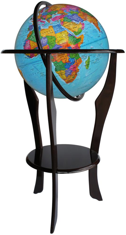 Глобусный мир Глобус напольный с политической картой мира диаметр 42 см на деревянной подставке10168Напольный глобус Глобусный мир, с политической картой мира, изготовленный из высококачественного прочного пластика, показывает страны мира, сухопутные границы того или иного государства, расположение городов и населенных пунктов. Изделие расположено на массивной деревянной подставке с удобной круглой полочкой.На глобусе отображены картографические линии: параллели и меридианы, а также градусы и условные обозначения. Страны мира раскрашены в разные цвета. Глобус с политической картой мира станет незаменимым атрибутом обучения не только школьника, но и студента. Названия стран на глобусе приведены на русском языке.Настольный глобус Глобусный мир станет оригинальным украшением рабочего кабинета как школьника, так и взрослого человека. Это изысканная вещь для стильного интерьера, которая станет прекрасным подарком для современного преуспевающего человека, следующего последним тенденциям моды и стремящегося к элегантности и комфорту в каждой детали.Масштаб: 1:30000000.