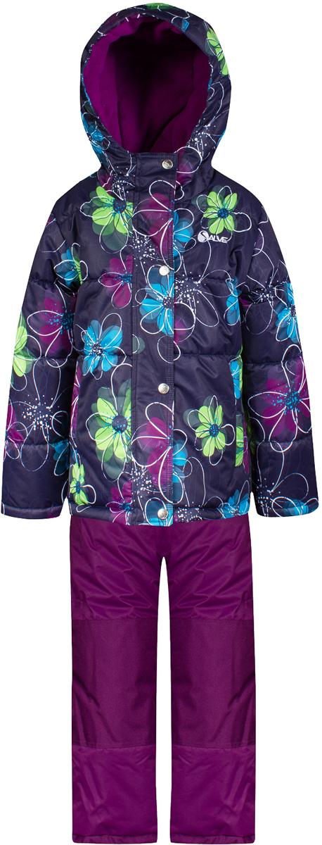 Комплект верхней одежды для девочки Salve by Gusti, цвет: фуксия. SWG 4654-ECLIPSE. Размер 127SWG 4654-ECLIPSEКомплект Salve by Gusti состоит из куртки и полукомбинезона. Ткань верха куртки: Мембрана с коэффициентом водонепроницаемости 2000 мм и коэффициентом паропроницаемости 2000 г/м2, одежда ветронепродуваемая. Благодаря тонкому полиуретановому напылению изнутри не промокает даже при сильной влаге, но при этом дышит (защита от влаги не препятствует циркуляции воздуха). Плотность ткани Т190 обеспечивает высокую износостойкость. Утеплитель: Тек-Полифилл (Tech-Polyfil) - 283г/м2, силиконизированый полиэстер изготовленный по новейшим технологиям, удерживает тепло при температуре до -30 С. Очень мягкий , создающий объем для сохранения тепла, более плотный на груди и спине (283г/м2) и менее плотный на рукавах (230г/м2). Высокоэффективный, обладающий повышенной устойчивостью к сжатию (после стирки в стиральной машине изделие достаточно встряхнуть), обеспечивающий хорошую вентиляцию, обладающий прекрасным, теплоизолирующими свойствами синтетический материал. Главные преимущества Тек-Полифила – одежда более пушистая на ощупь и менее тяжелое по весу. Подкладка: Высокотехнологичный флис COOLQUICK. Специальное кручение нитей позволяет ткани максимально впитывать влагу и увеличивать испаряемость с поверхности, т.е. выпустить пар, но не пропускает влагу снаружи, что обеспечивает комфорт даже при высоких физических нагрузках. Этот материал ранее был разработан специально для спортсменов, которые испытывали сильные нагрузки во время активного движения, а теперь принес комфорт и тепло в нашу повседневную жизнь. Это особенно важно для детей, когда они гуляют на свежем воздухе, чтобы тело всегда оставалось сухим и теплым. В этой одежде им будет тепло в течение длительного времени и нет необходимости надевать теплый свитер. Ткань верха полукомбинезона: Таслан ( Taslan )- мембрана с коэффициентом водонепроницаемости 2000 мм и коэффициентом паропроницаемости 2000 г/м2, одежда ветронеп