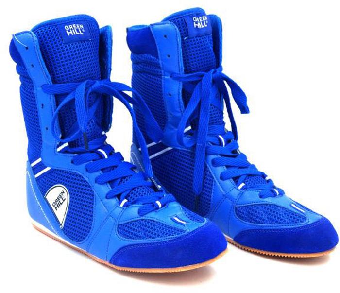 Боксерки Green Hill, цвет: синий. PS005. Размер 36PS005Обувь для бокса Green Hill - это специальная обувь, предназначенная для тренировочных боев и выступлений на соревнованиях по боксу. Обязательным требованием к конструкции современных боксерок является надежное закрепление голеностопного сустава для предотвращения возможности подвывиха ступни.Боксерки Green Hill обеспечивают надежную фиксацию голеностопа, предотвращая возможность подвывиха ступни. Подошва боксерок выполнена из не скользящего материала, который позволяет быстро передвигаться по рингу. Сетчатые вставки из микрофибры создают отличную вентиляцию стопы. Средняя высота придает обуви универсальность.